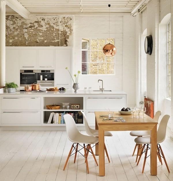 küche einrichten esstisch helles holz kupfer hängeleuchte