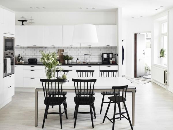 monochrome skandinavische küche einrichten