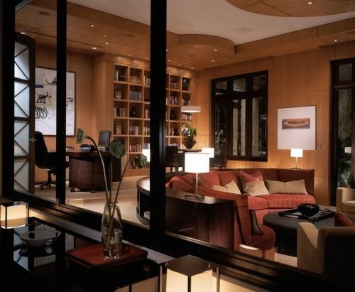 rot und braun sofa design