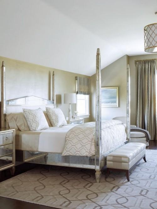 schlafzimmereinrichtung schneeweißes design und kissen