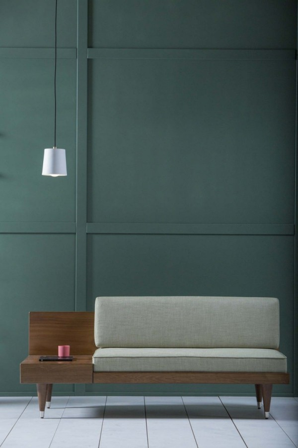 Elegantes simples Design Sofa mit integriertem Tisch