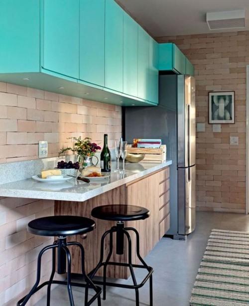 Farbenfroh Schränke in Puderblau einen frischen Look in der Küche erschaffen