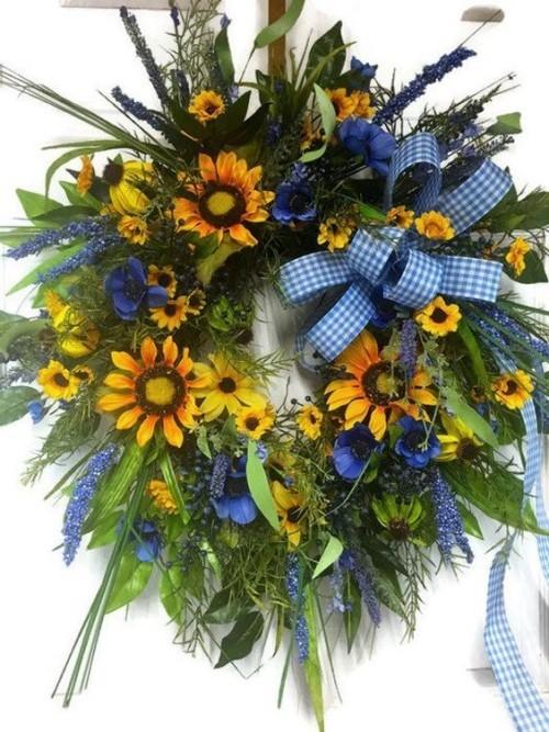 Gelb und Blau für die Herbstkränze