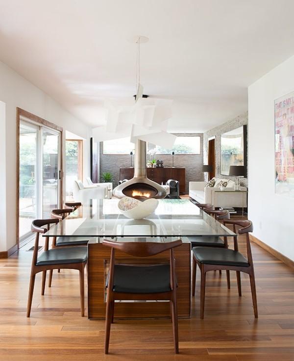 Gemütlichkeit zuhause moderner Essraum Kamin