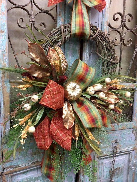 Herbstkränze für ein Vintage Hofdesign