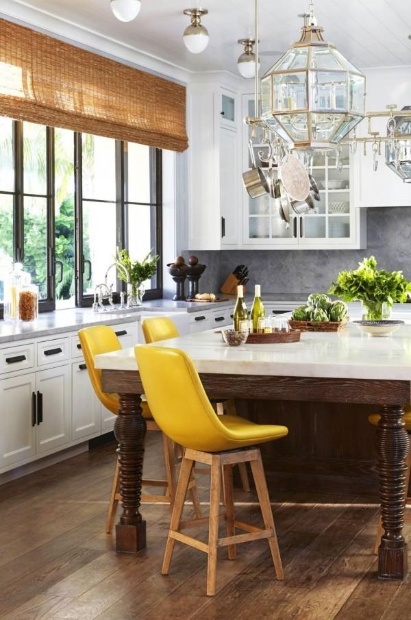 Küchendesign Ideen geräumige Küche viel Arbeitsplatz
