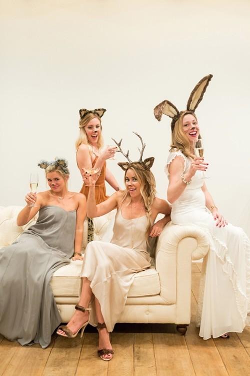 Lustige Halloween Kostüme vier Freundinnen im Partnerlook