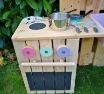 Matschküche bauen – Aus Obstkisten & Paletten mit Video Anleitung