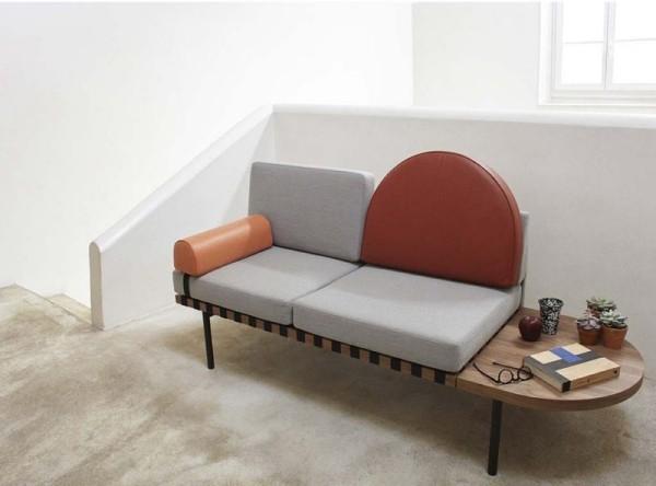 Sofa mit integriertem Tisch Kissen aus Leder