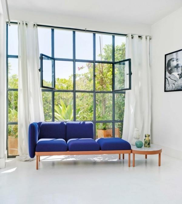 Sofa mit integriertem Tisch marineblaue Polsterung