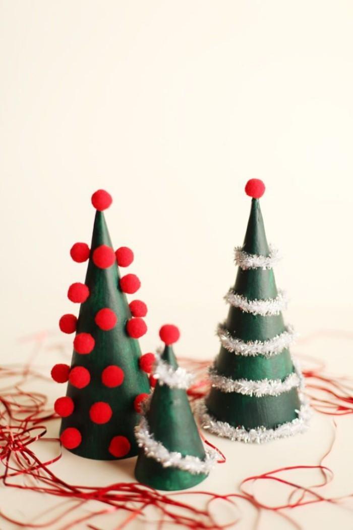 Tischdeko Ideen zu Weihnachten kleine Tannenbäume selber basteln