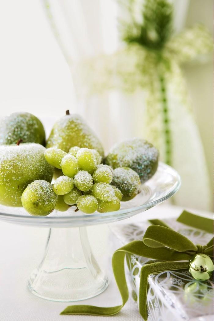 Tischdeko Ideen zu Weihnachten tief gefrorenes Obst kleine Attraktion