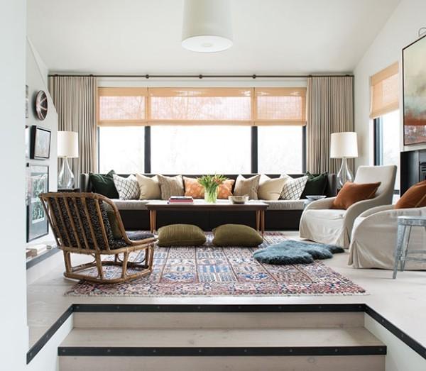 Wohnraum Gemütlichkeit bequeme Möbel zahlreiche Kissen