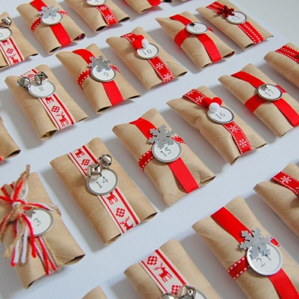 adventskalender aus klopapierrollen ausgefallene weihnachtsdeko selber machen