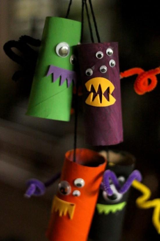 anhänger halloween basteln mit klorollen