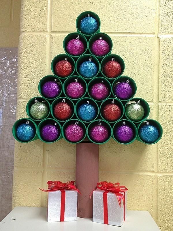 ausgefallene weihnachtsdeko selber machen 42 bastelideen mit klopapierrollen. Black Bedroom Furniture Sets. Home Design Ideas