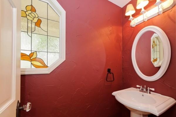 badezimmer gestaltungsideen romantisches rot-rosa
