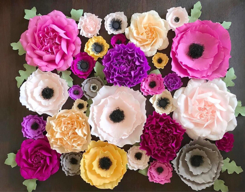 basteln mit krepppepapier mehrfarbene blüten