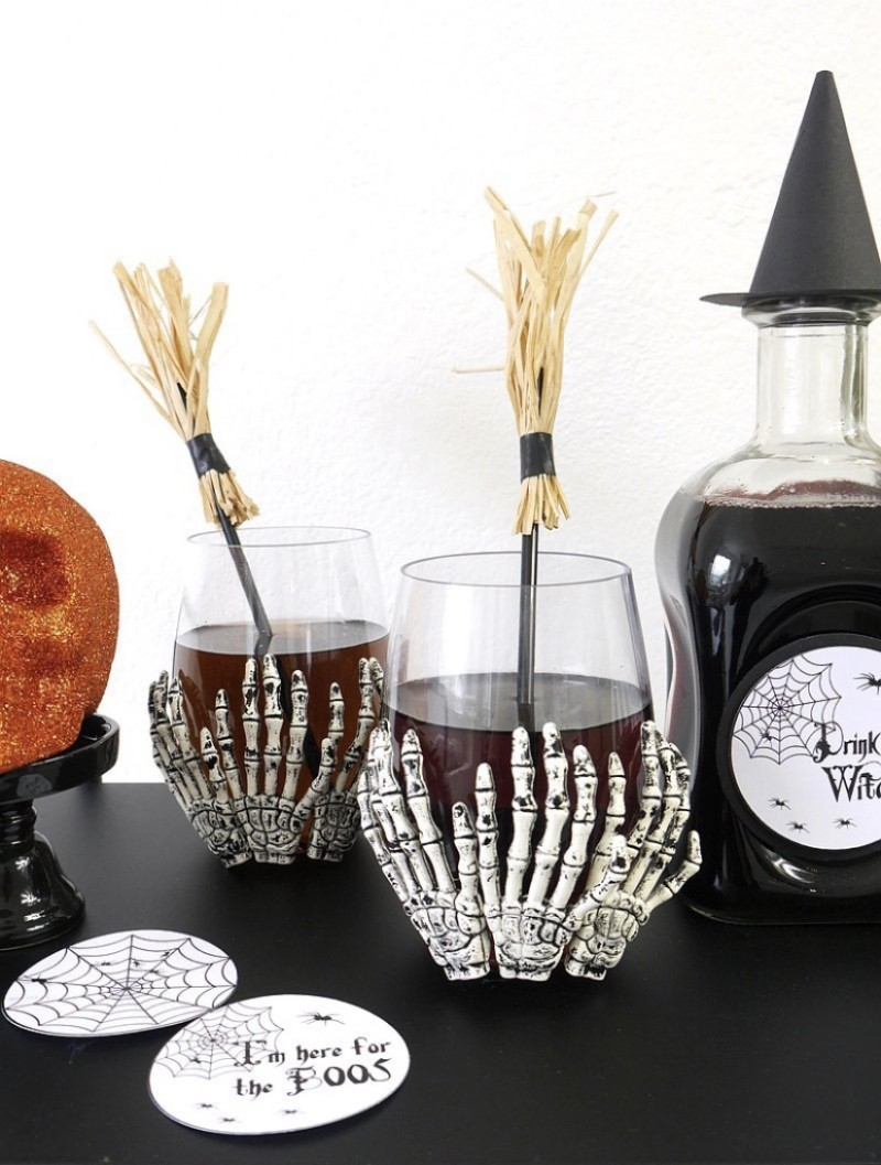 einzelne tolle gläser halloween deko