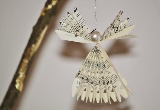 engel basteln mit perle und notenpapier