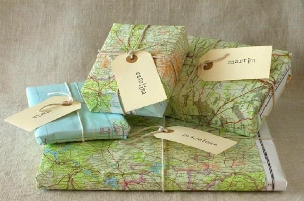 geschenkpapier landkarten idee