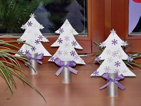 christmas ornaments made of toilet paper rolls Beautiful stromečky Zima Pinterest