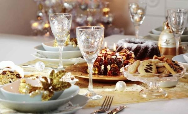 golender glanz für die tischgestaltung weihnachtenbastelidee