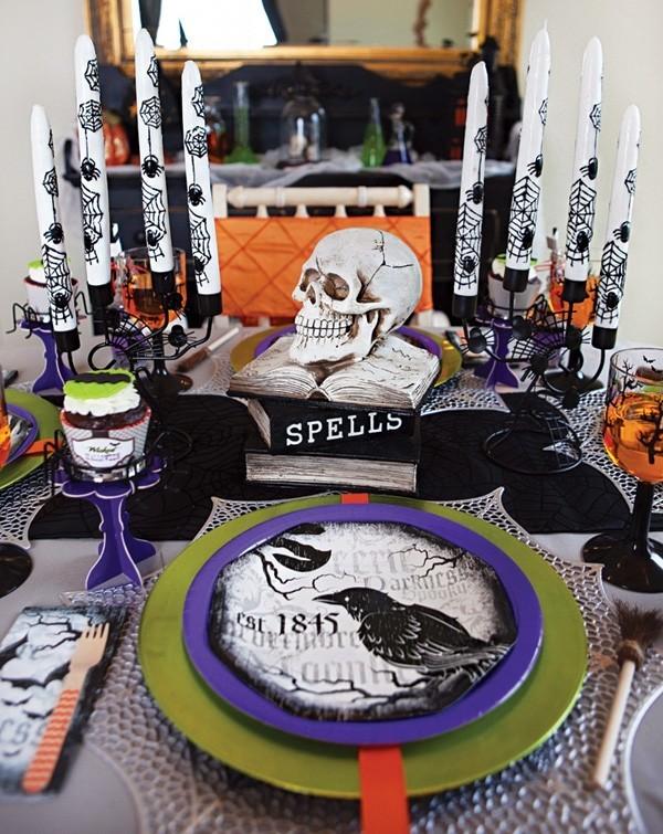 halloween deko kerzen muster und teller