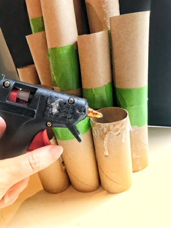 heißklebepistole basteln mit klorollen