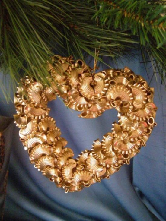 herz weihnachtsschmuck basteln mit nudeln