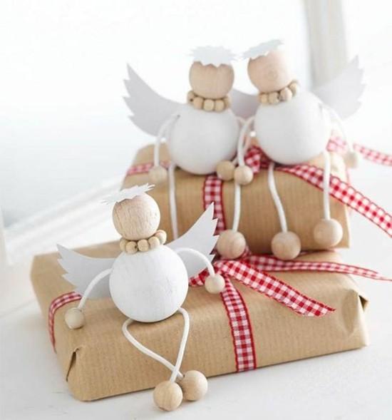 holzperlen engel basteln geschenkidee