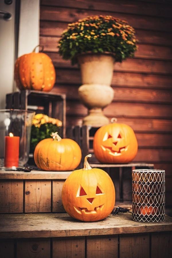 Halloween k rbisse schnitzen und dekorieren ber 60 effektvolle und aktuelle ideen - Schnitzen ideen ...