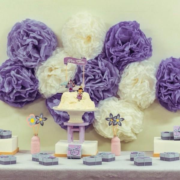 kinderparty papierblumen basteln mit krepppepapier