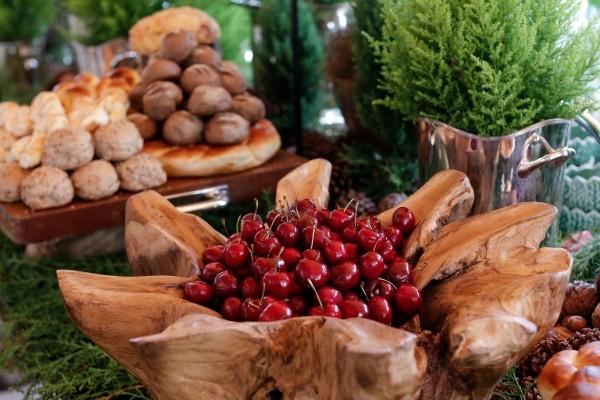 kirschen und gebäck als deko weihnachtenbastelideen