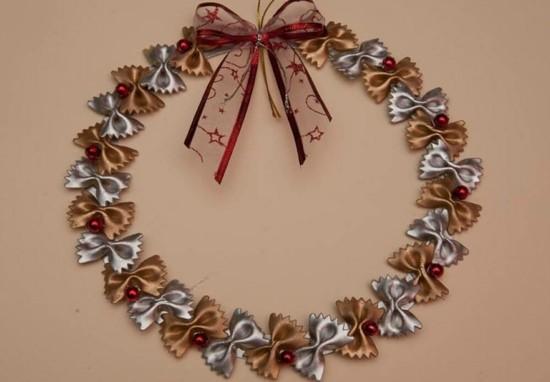 kranz basteln mit nudeln zu weihnachten
