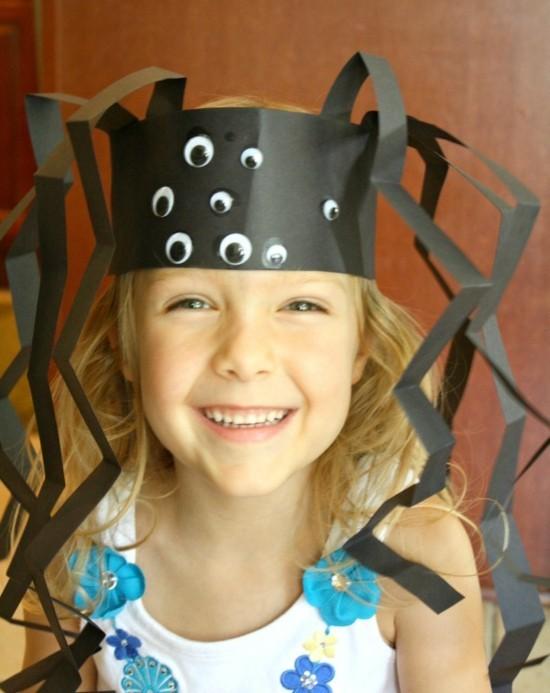 krone spinne basteln halloween