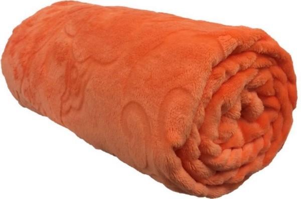 kuscheldecken zwischen orange und rot