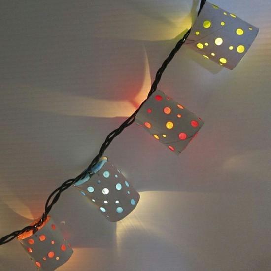 lichterkette basteln aus klopapierrollen