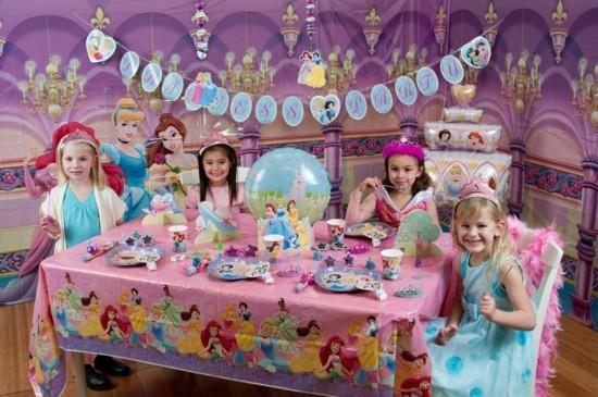 mädchen kindergeburtstagsparty feiern mädchen geburtstag organisieren