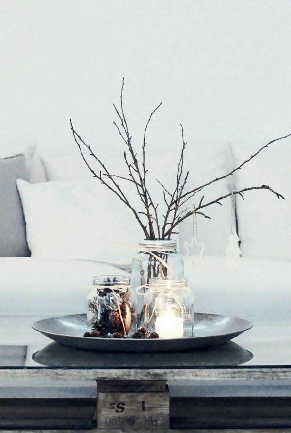minimalistische tischdeko winter mit einmachgläsern