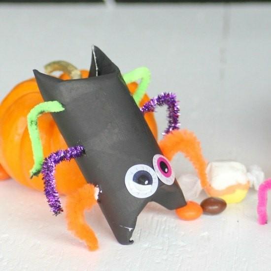 pfeifenputzer halloween spinne basteln mit klorollen