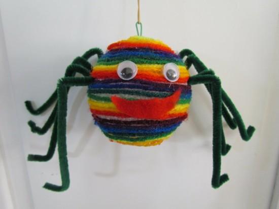 regenbogen spinne basteln
