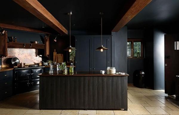 rosa-graue Küchenrückwand