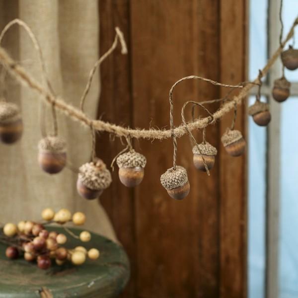 rustikale girlande basteln mit eicheln