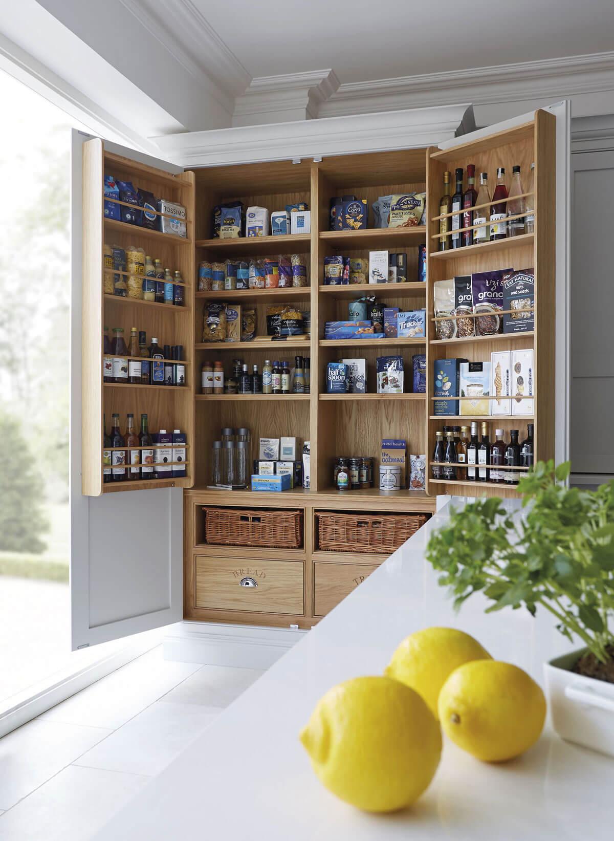 schrank und zitronen pantry küche