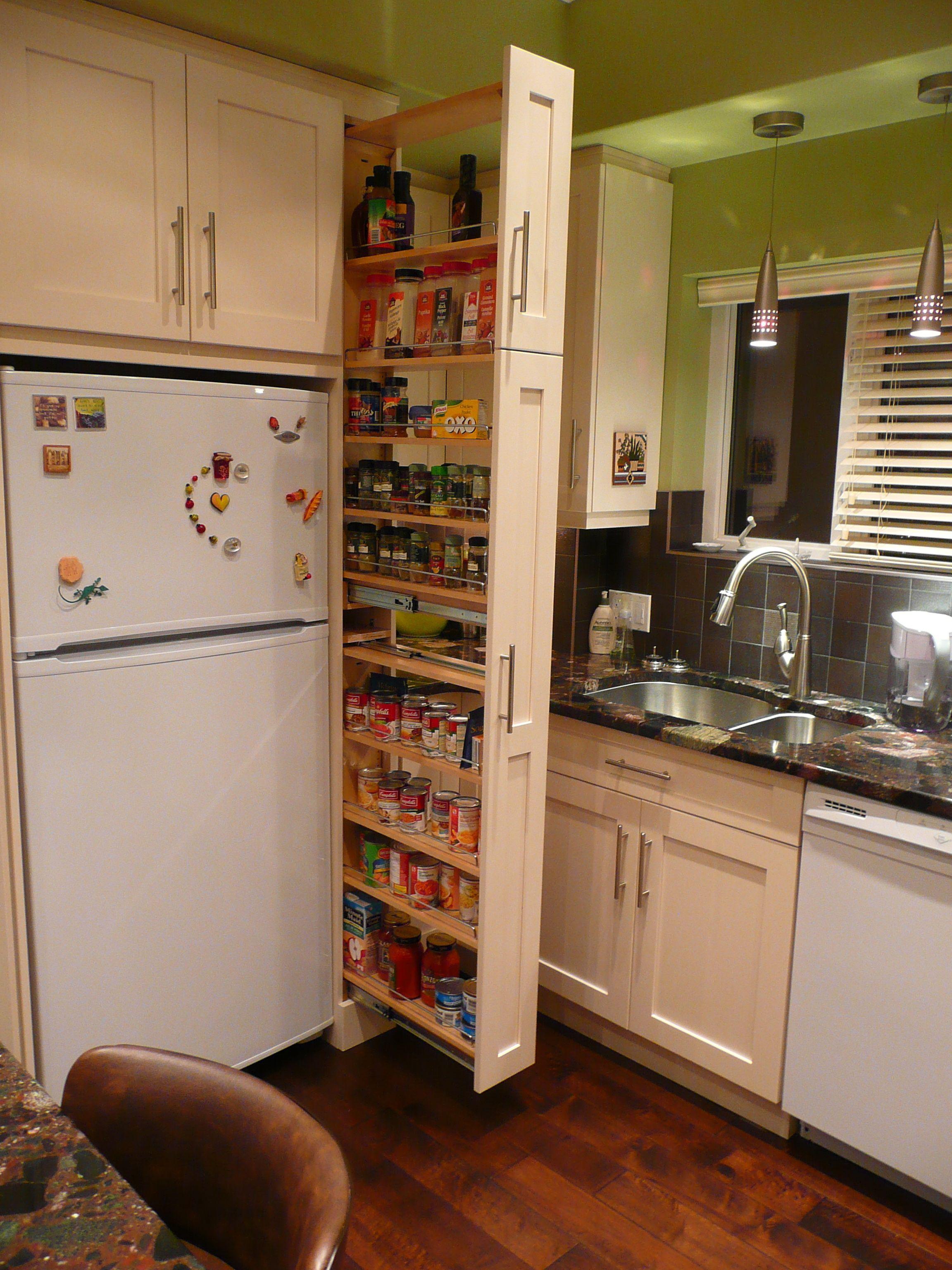 schublade neben dem kühlschrank pantry küche