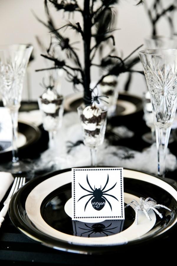schwarz weiße tischeinrichtung halloween deko