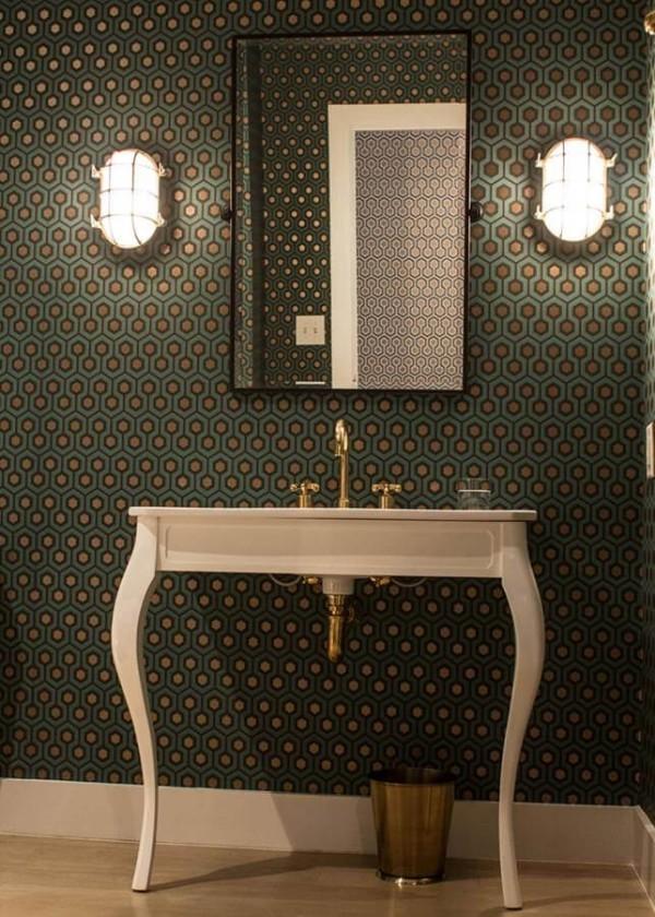 sehr dunkles grün badezimmergestaltung