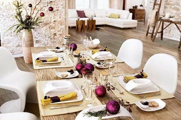 tischdeko winter puristisch rustikal mit weihnachtsschmuck