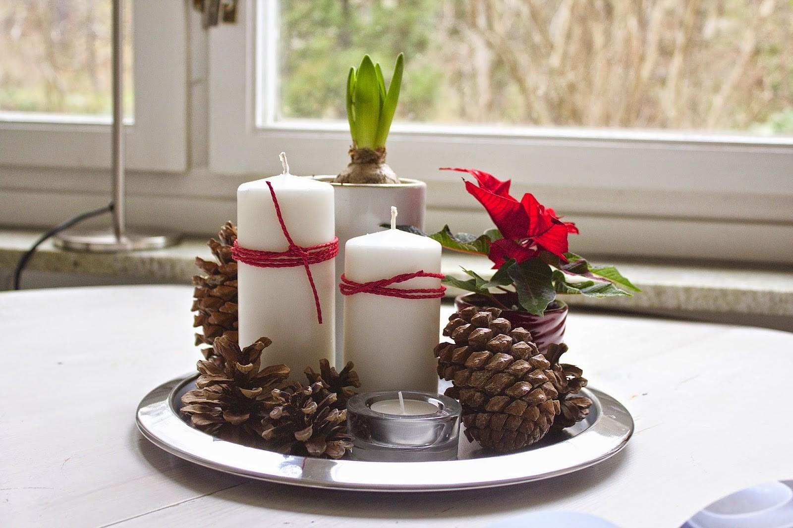 tischgestaltung vor dem fenster weihnachtsbastelideen